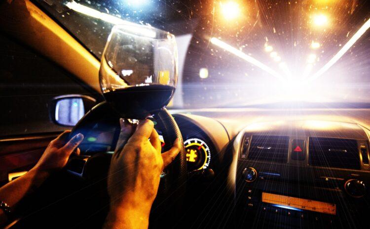Si vas a conducir, celebra la Nochevieja sin alcohol